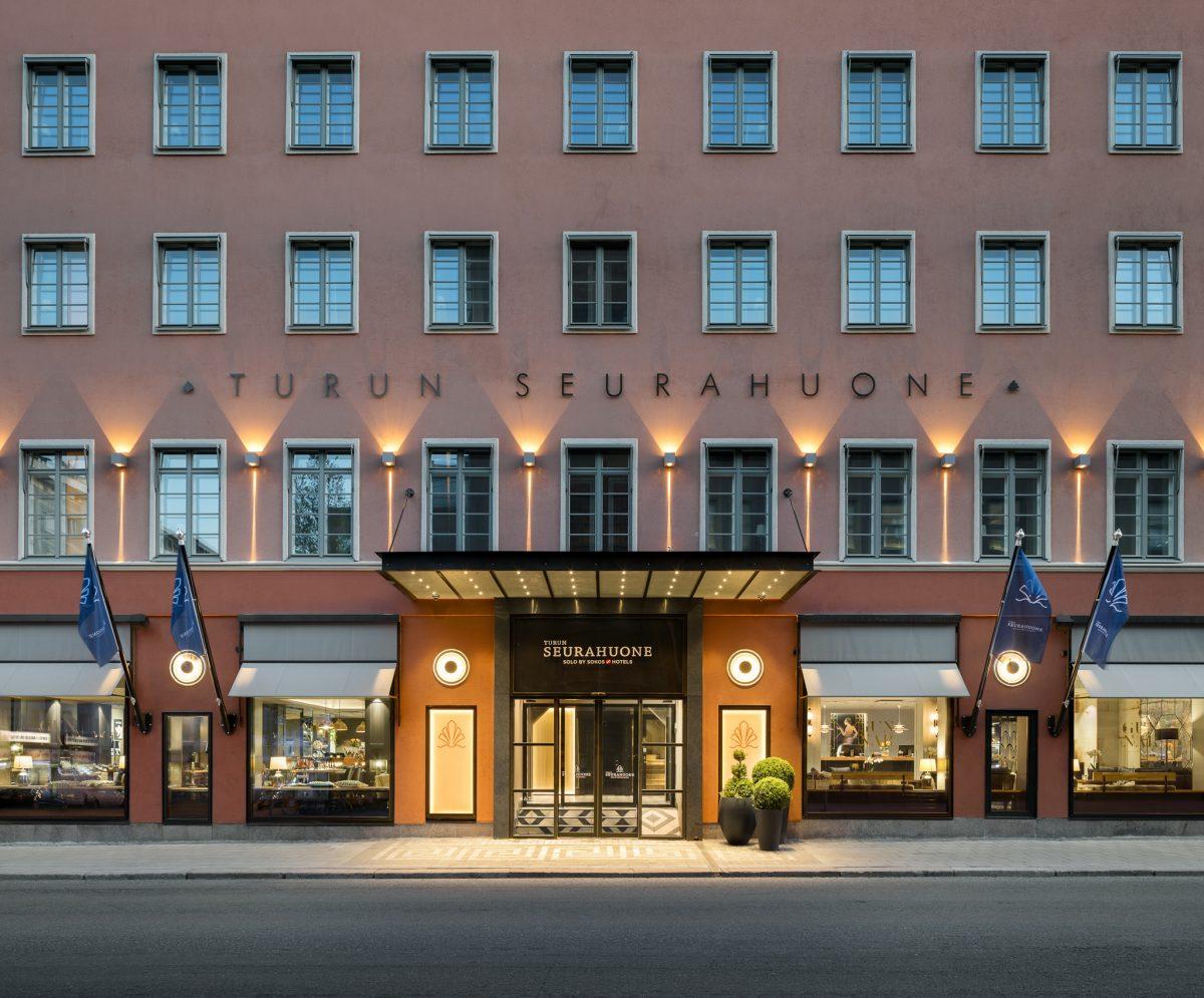 Kotoisan kutsuva, lämpimän elegantti – Hotelli Seurahuone Yhteishyvä-lehdessä