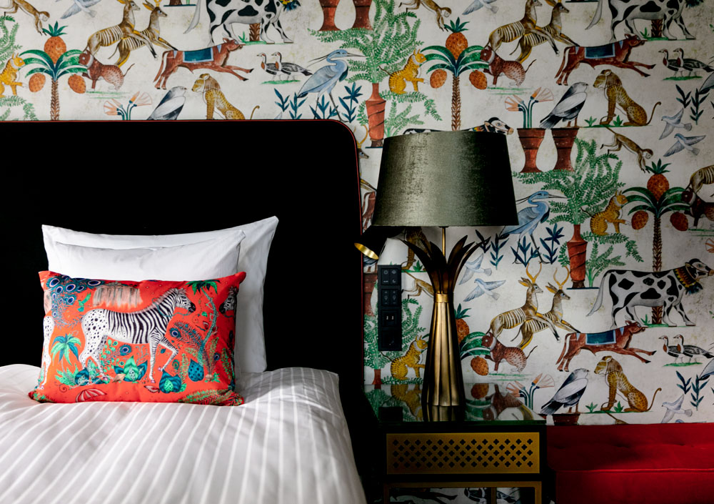 """Hotel U14 esillä Prointerior -lehdessä: """"Tunnelmallisen boutiquehotellin sisustusarkkitehtuuri on mieltä inspiroivaa"""""""